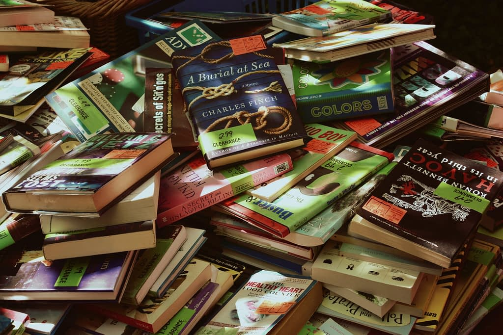 books are a great way to earn from your hobby.